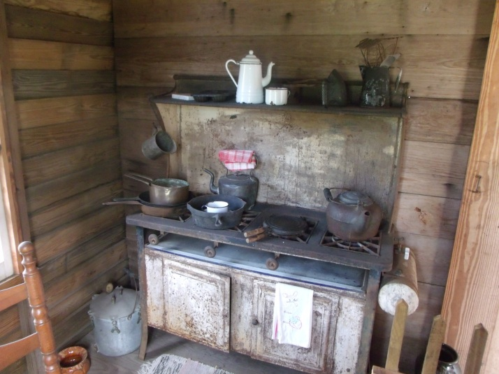 """I have nothing to offer you but blood, sweat, and grits"" A pioneer kitchen---"
